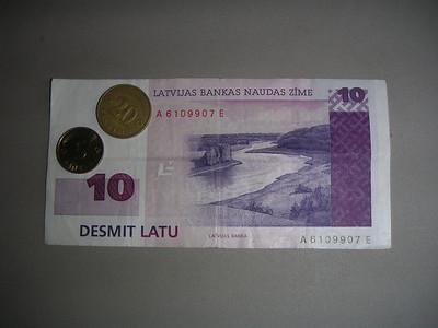 MINOLTA DIGITAL CAMERA