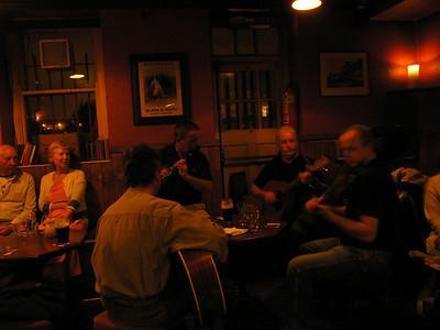 2004/08/03 22:28:52 /  ©RobAng /  Ireland - Irland / Co. Kildare / Kilcullen