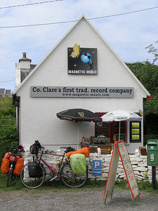 2004/08/06 15:27:37 /  ©RobAng /  Ireland - Irland / Co. Clare / Doolin
