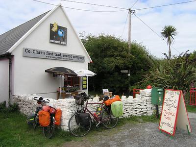 2004/08/06 15:25:26 /  ©RobAng /  Ireland - Irland / Co. Clare / Doolin