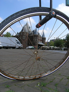 2004/07/28 10:11:58 /  ©RobAng /  Netherlands - Holland /  / Amsterdam /