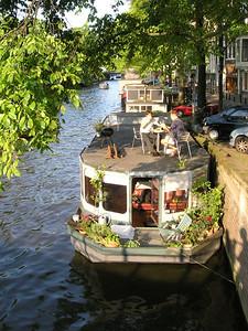 2004/07/28 18:15:57 /  ©RobAng /  Netherlands - Holland /  / Amsterdam /