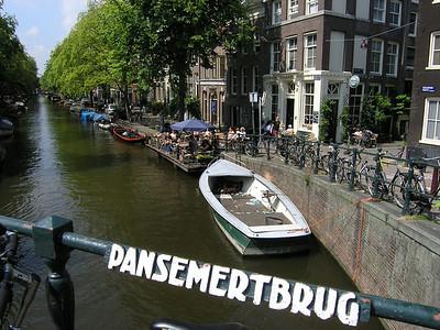 2004/07/28 11:50:43 /  ©RobAng /  Netherlands - Holland /  / Amsterdam /