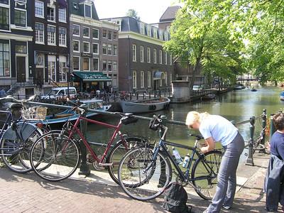 2004/07/28 10:00:30 /  ©RobAng /  Netherlands - Holland /  / Amsterdam /