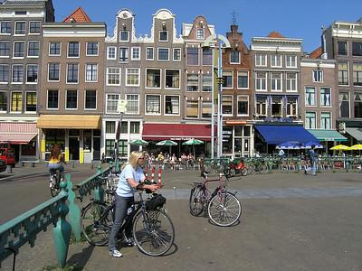 2004/07/28 10:14:09 /  ©RobAng /  Netherlands - Holland /  / Amsterdam /