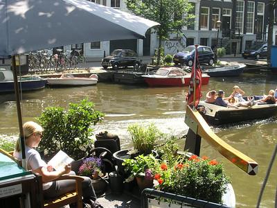 2004/07/28 11:22:39 /  ©RobAng /  Netherlands - Holland /  / Amsterdam /