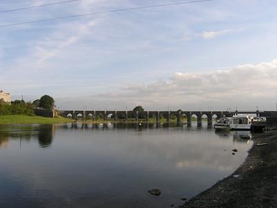2004/08/05 07:45:47 /  ©RobAng /  Ireland - Irland / Co Offaly / Shannonbridge