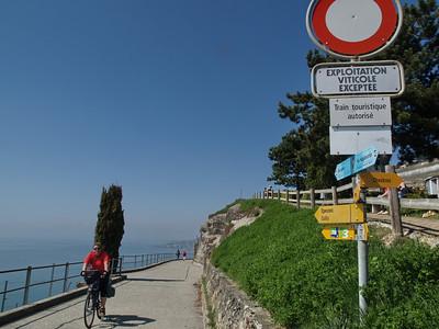 Ostern 09 - per Velo rund um den Genfersee und via Bonneville nach Annecy / Aufnahmeort  Chexbres (465 m), Chexbres, Schweiz /  ©  Rob Tani