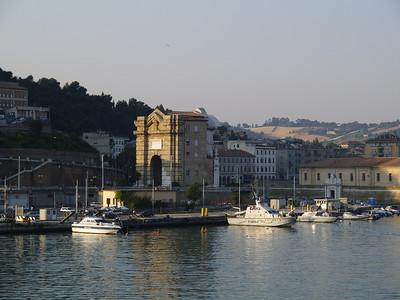 2006/07/13 06:57:31 /  ©RobAng /  Italy - Italien / Ancona