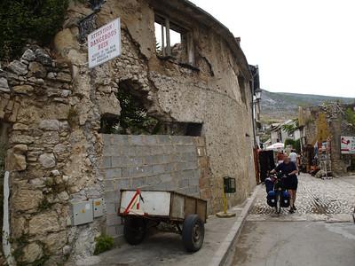 2006/07/03 09:40:02 /  ©RobAng /  BiH Bosnia i Hercegovina / Mostar