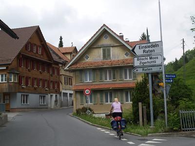 ©RobAng 2009/05/22 14:43:05, Oberägeri, 871.8 m // Velotour  Auffahrt 09 - Türlersee-Aegerisee-Raten-Sihlsee-Sattelegg-Wäggitalersee