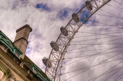 London Eye ferris wheel.