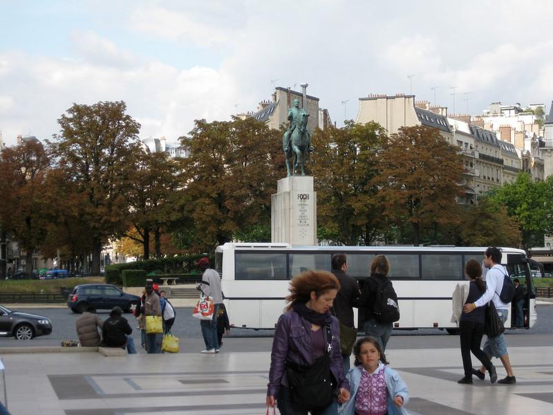 Place du Trocadero 2009-09-15_14-22-17