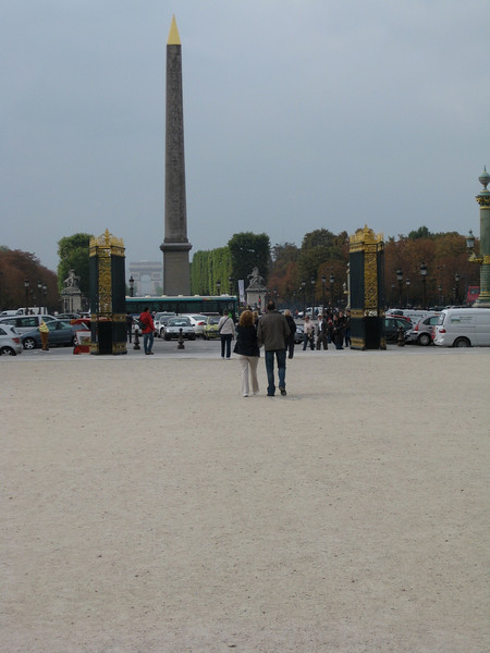 Avenue de Champs-Elysee 2009-09-16_15-13-25