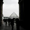 Louvre Cour Napoleon 2009-09-16_10-27-23