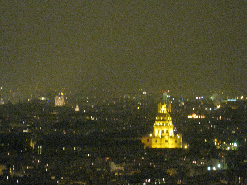 Invalides and Notre Dame  from the 2nd level 2009-09-17_22-09-21