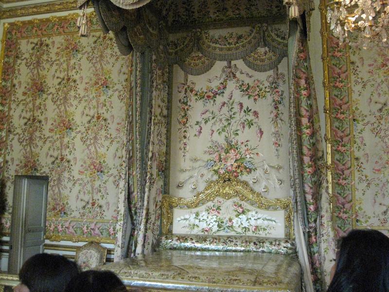 Queen's Bedchamber 2009-09-18_11-18-01