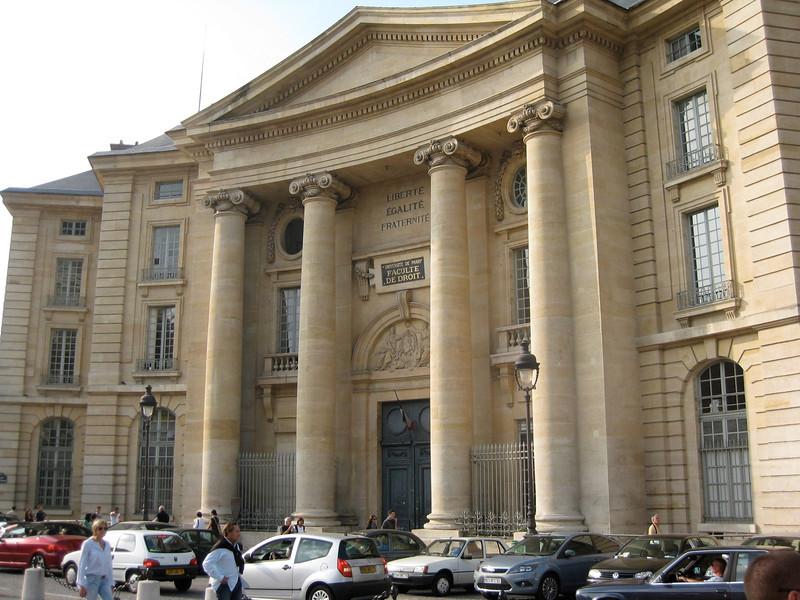 U of Paris Law School 2009-09-20_16-41-24