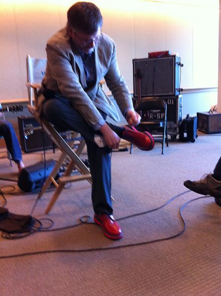 Sedge gets New Shoes<br /> San Francisco 2012-09-15 at 11-29-31