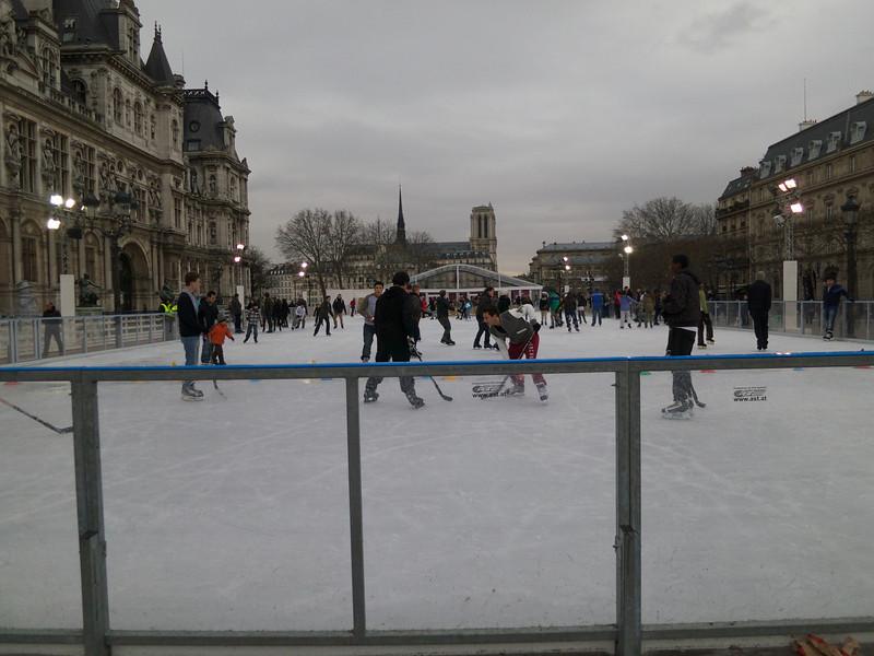 Hotel de Ville, Skating, and Notre Dame<br /> Paris - 2013-01-11 at 15-43-25