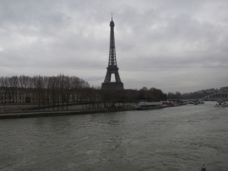Tour Eiffel from the Pont de l'Alma<br /> Paris - 2013-01-12 at 14-01-25