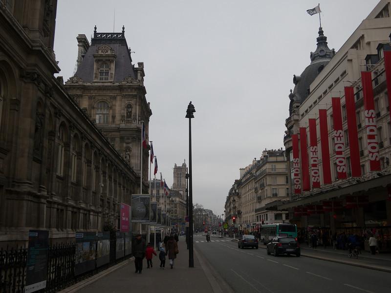 Hotel de Ville, Tour St Jacques, and BHV<br /> Paris - 2013-01-13 at 13-30-22