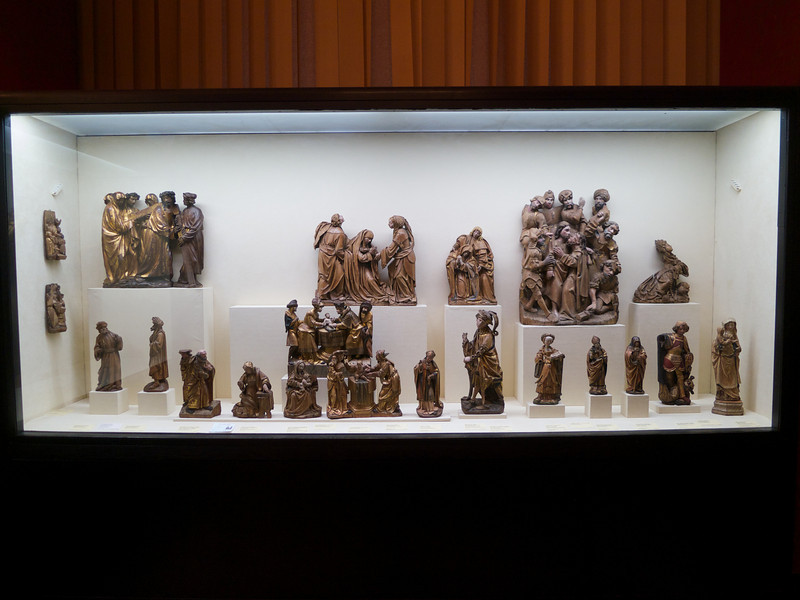 More Altar art<br /> Paris - 2013-01-13 at 16-29-39