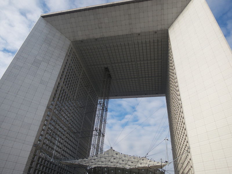 Grande Arche de la Defence<br /> Paris - 2013-01-14 at 12-43-53