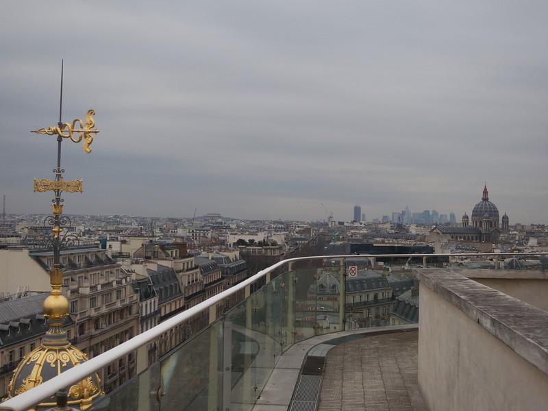 La  Defence in the distance<br /> Paris - 2013-01-14 at 15-09-38