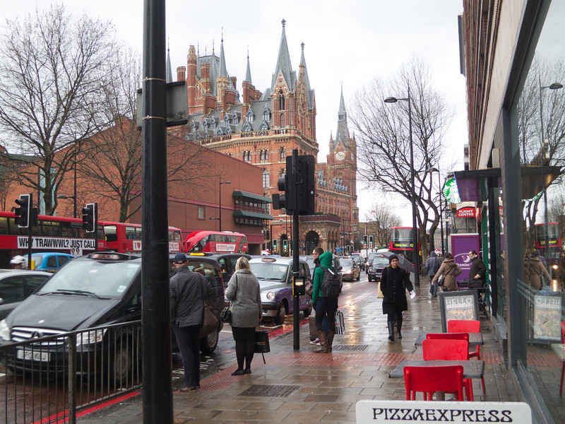 St Pancras and the British Library<br /> London - 2014-02-05 at 14-53-02