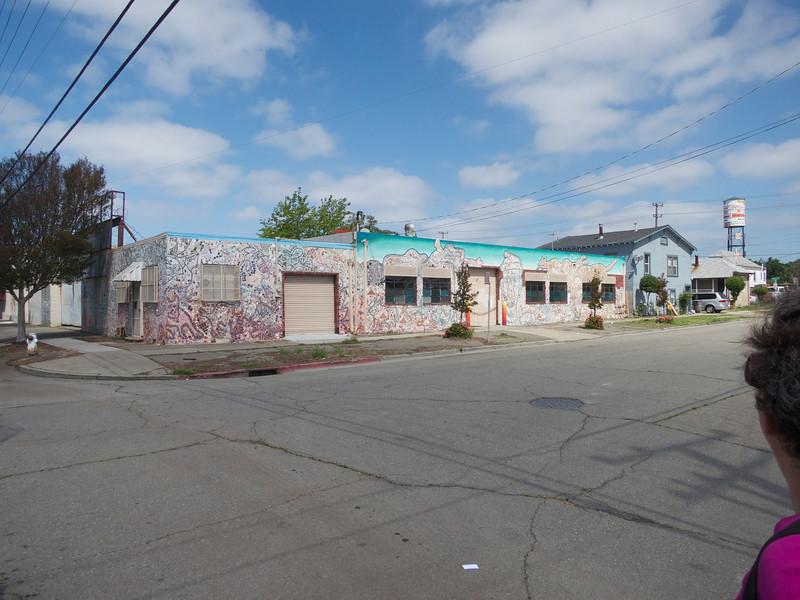A Bulding Mosaic<br /> Oakland  2014-04-12 at 11-56-34