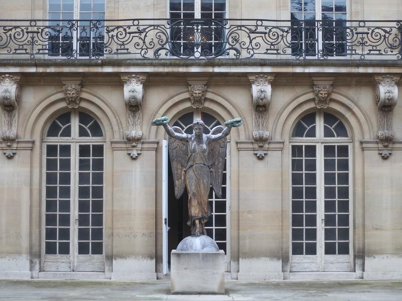 Victory Statue<br /> Paris - 2015-02-18 at 13-41-36