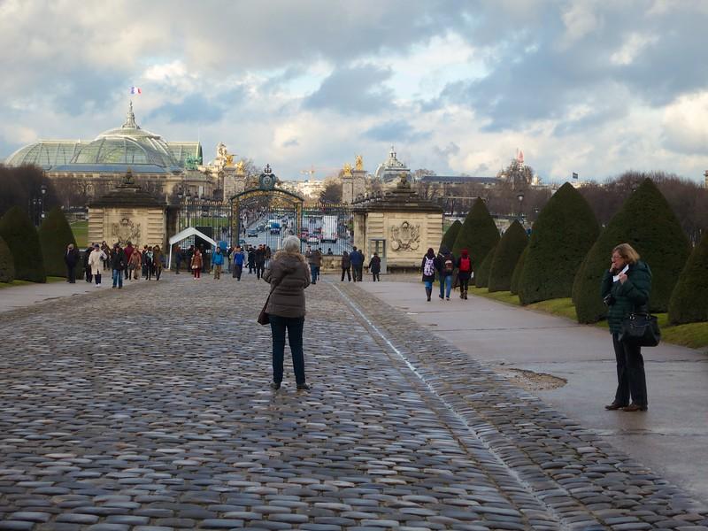 North gate of Invalides <br /> Grand Palais<br /> Pont Alexandre III<br /> Paris - 2015-02-21 at 16-15-20