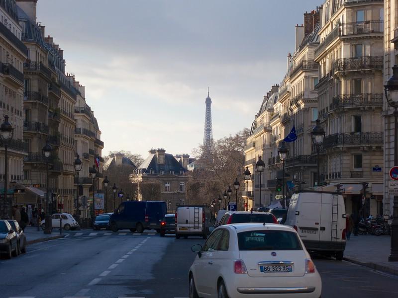 Tour Eiffel behind the French Senate<br /> Paris - 2015-02-24 at 16-50-16