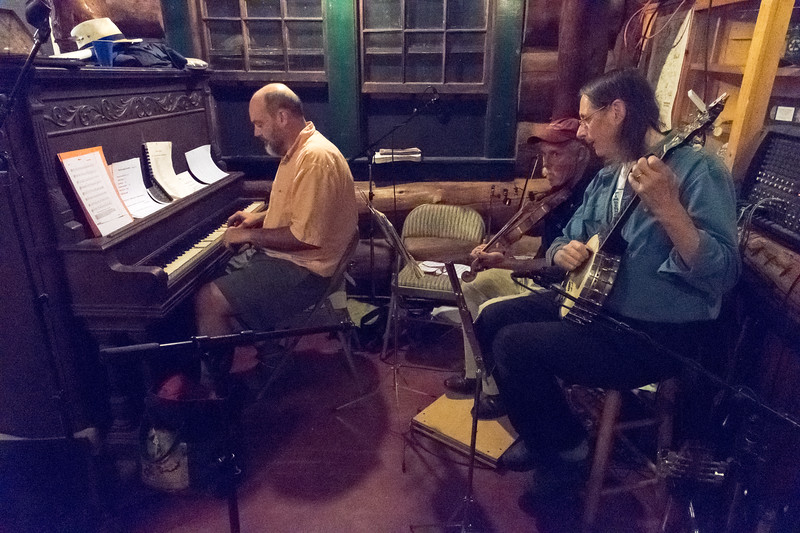 David Hooke '84 and Bill Shepard and friends play for the last dance at Moosilauke Ravine Lodge.