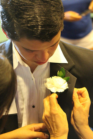 A Night to Remember 2014: Flowers and Jewelry