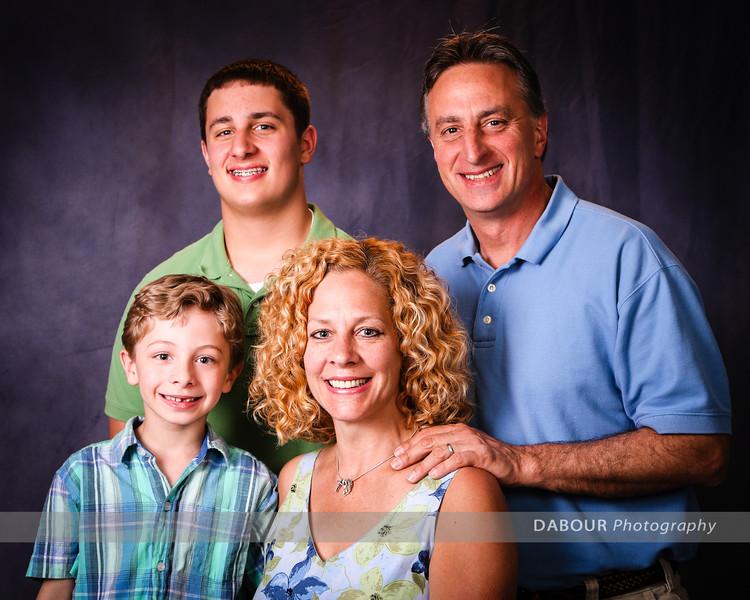 Roy, Lisa, Thomas, Jake, 552