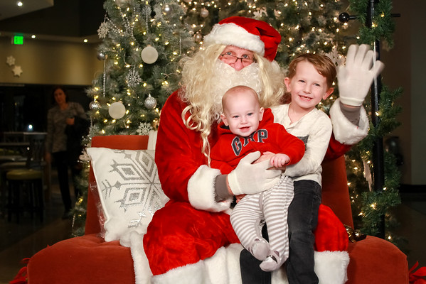 2016 Christmas Photos with Santa