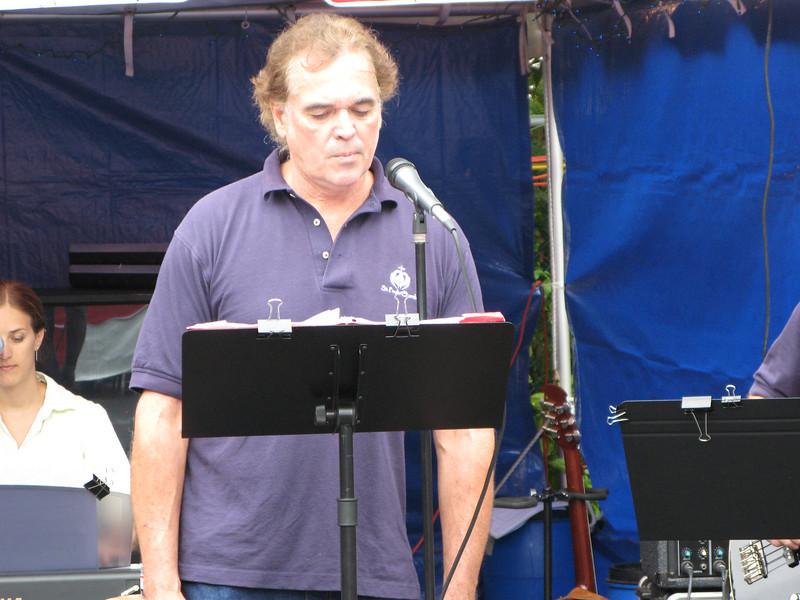 Ken, vocals