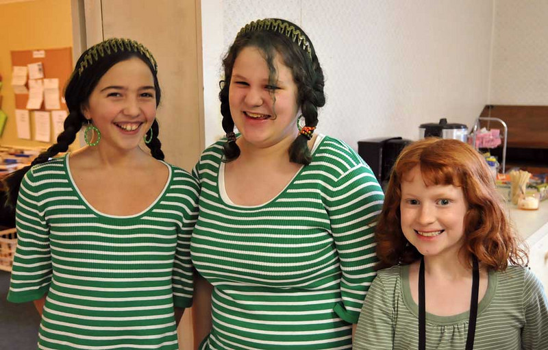 Allison, Katelyn, Sarah Wills.  Can you tell St Patrick's Day is around the corner?