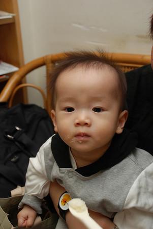 小Hannah在教會(2007年11月11日)