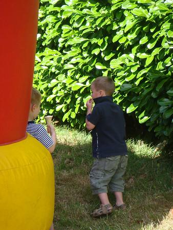 2008-07-05_Walton_Parish_Summer_Party