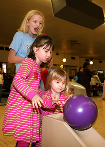 Family Ministry Bowling 2009