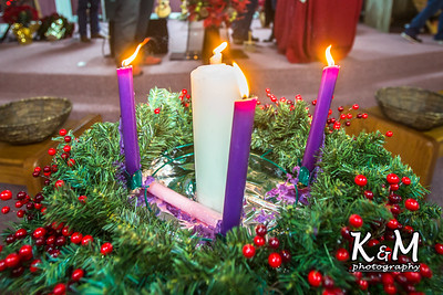 2016-12-24 Christmas Eve Service (16 of 24)