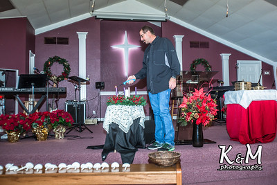 2016-12-24 Christmas Eve Service (2 of 24)