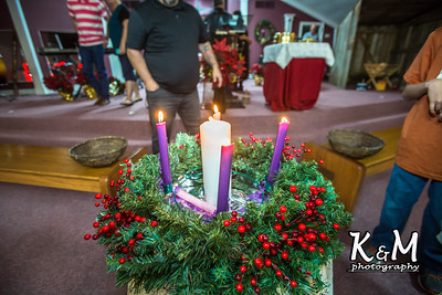 2016-12-24 Christmas Eve Service (17 of 24)