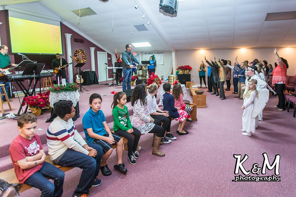 2016-12-11 Children's Skit & Membership (6 of 44)