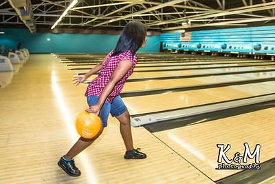 2016-11-05 Bowling Fellowship-23