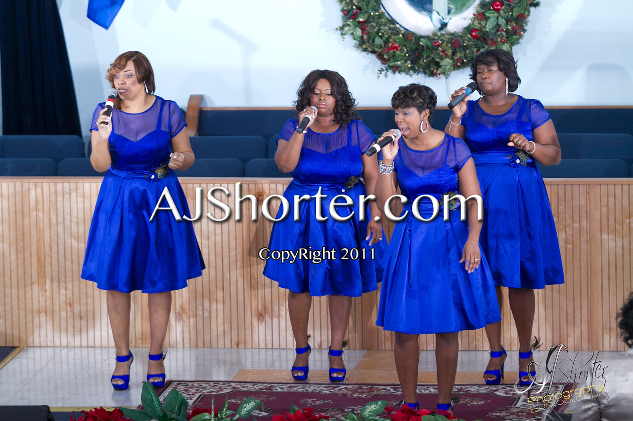 "Friendship Missionary Baptist Church     Dec. 30, 2011<br /> Feat. Majestic Voices of Selma, Alabama |  Hit Gospel Group ""Second Chapter"" 