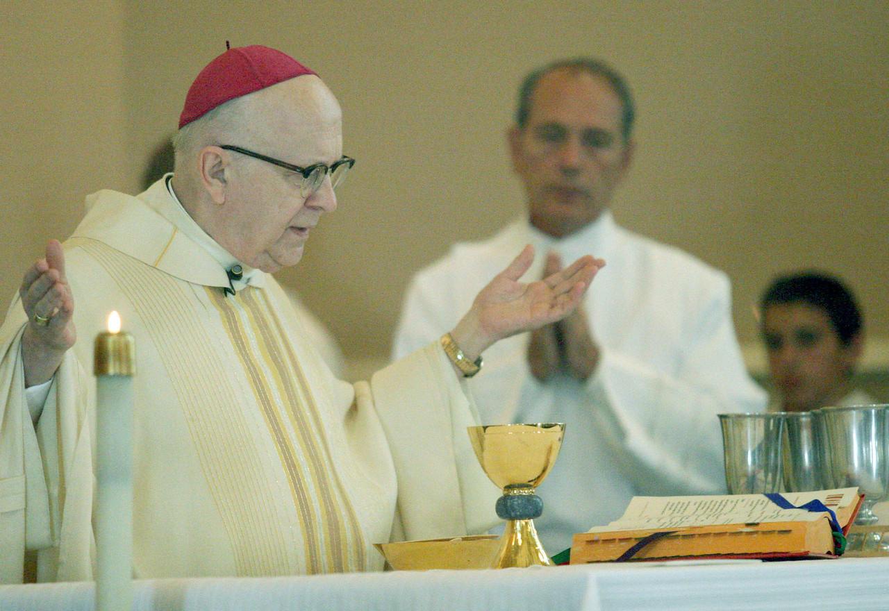 E.L. Hubbard photography<br /> Archbishop Pilarczyk<br /> Holy Trinity 150th